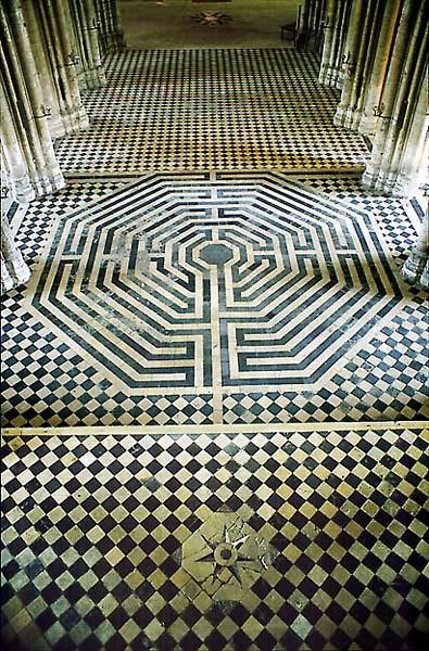 .com/labyrinth.jpg